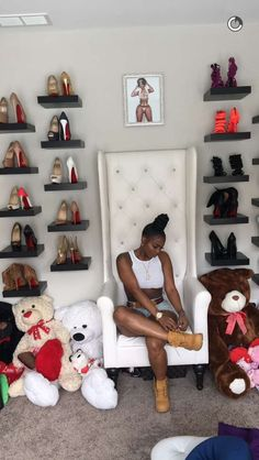 Awesome Teen Girl Bedroom Ideas That Are Fun and Cool ~ Best Home Decor Ideas Shoe Storage Design, Rack Design, My New Room, My Room, Glam Room, Woman Cave, Room Closet, Shoe Room, Room Goals