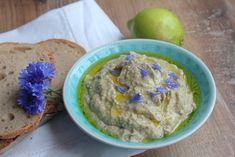 Ein gelingsicheres Rezept für den leckeren Auberginen Dipp Baba Ghanoush findet ihr jetzt auf BASMA. #basmafood #basmamagazine #vegan #seasonal