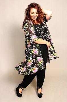 The Dangerous Mezzo: Plus size DIY Kimono, sewing without a pattern