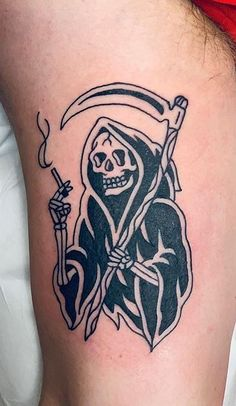 110 Unique Grim Reaper Tattoos You'll Need to See - Tattoo Me Now Goth Tattoo, See Tattoo, Skull Tattoos, Black Tattoos, Tribal Tattoos, Hand Tattoos, Oni Mask Tattoo, Occult Tattoo, Small Traditional Tattoo