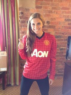 Alex Morgan supporting Manchester United!
