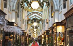 Shopping Fever at The Baglioni - Bring your well-deserved pre-Christmas indulgent treat together with the obligatory Christmas shopping, and enjoy every moment. The Baglioni Hotel London invite you for an overnight stay at the hotel, to enjoy the Italian luxury of one of the top addresses in London.