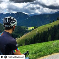 #dolomitescycling #italybikehotels #cycling #roadbike #cyclinglife #cyclingholiday #dolomites #italy #roadslikethese #igerscycling #outdoorsisfree