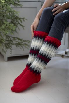 Magic Loop, Lace Patterns, Stockinette, Fingerless Gloves, Arm Warmers, Color Change, Swatch, Socks, Colours
