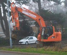 trackex excavator, wymondham, norfolk 2014 (photo by Claire Scarrott)