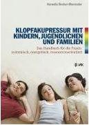 """Was ein Glück, wenigstens ein Buch für die Arbeit mit Kindern und Jugendlichen gibt´s auf Deutsch. Es wurde von Kornelia Becker-Oberender geschrieben, die seit vielen Jahren nicht nur dem Bereich """"Energetische Psychologie"""" verbunden ist sondern auch der Arbeit mit Familien und Kindern. Vor diesem Hintergrund reifte irgendwann der Wunsch die eigenen Erfahrungen zu teilen. Und schließlich wurde sogar ein ganzes Buch daraus."""