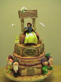 Snow White cake :)