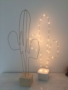 Cactus double white is white – cactus double white is white – … - Cactus DIY Deco Zen, Deco Nature, Diy Crafts To Sell, Diy Crafts For Kids, Diy Deco Rangement, Cactus Light, Love Wood Sign, Cactus Decor, Cactus Cactus