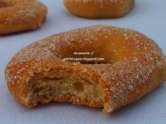 Gogosi Pufoase La Cuptor Doughnuts, Bagel, Bread, Traditional, Desserts, Recipes, Food, Sweets, Tailgate Desserts