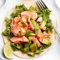 Tostada Recipes, Slaw Recipes, Healthy Recipes, Salmon Recipes, Diet Recipes, Crusted Salmon, Baked Salmon, Kale Slaw