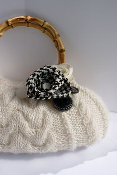 Soft Natural Cable Knit Autumn Purse with houndstooth flower