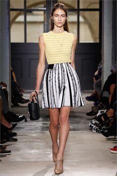Sfilata Balenciaga Paris - Collezioni Primavera Estate 2013 - Vogue