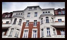 Bytom, ul. Wrocławska #townhouse #bytom #silesia #kamienica #śląsk #poland Ul, Mansions, House Styles, Home Decor, Decoration Home, Manor Houses, Room Decor, Villas, Mansion