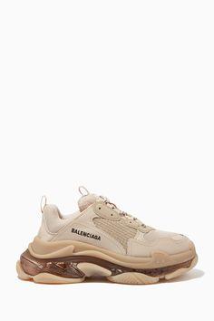 Shoes Too Big, Fancy Shoes, Sneakers Fashion, Fashion Shoes, Kawaii Shoes, Kicks Shoes, Fashion Slippers, Balenciaga Sneakers, Baskets