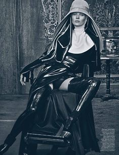 Source: Fashion Gone Rouge  W Magazine   March 2012  Model: Kate Moss  Photographer: Steven Klein