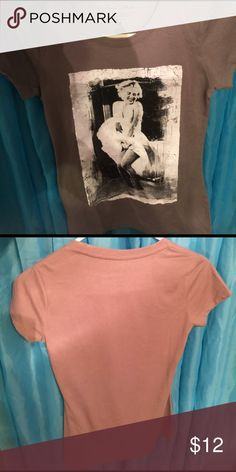 Marilyn Monroe shirt Brand new, never worn Marilyn Monroe shirt 💃🏼 Forever 21 Tops Tees - Short Sleeve