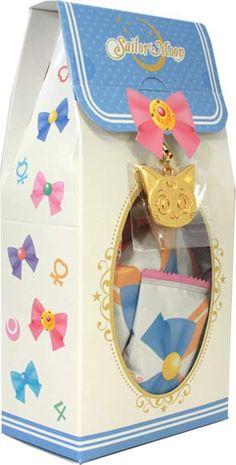 the luna charm Sailor Moon S, Sailor Moon Birthday, Sailor Moon Party, Sailor Jupiter, Kingdom Hearts, Barbie Em Paris, Sailor Moon Merchandise, Sailor Scouts, Manga