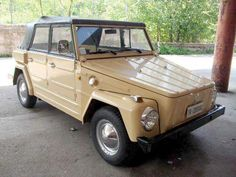 "Catawiki, pagina di aste on line Volkswagen Tipo 181 ""Pescaccia"" - 1981 Volkswagen Safari, Volkswagen Type 3, Vw Modelle, Vw Mk1, Camper, Car Goals, Vw Cars, Porsche 356, Type 4"