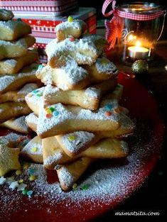 χριστουγεννιάτικα μπισκότα Xmas Food, Christmas Sweets, Christmas Art, Christmas Recipes, Christmas Decorations, Holiday Baking, Christmas Baking, Food N, Food And Drink