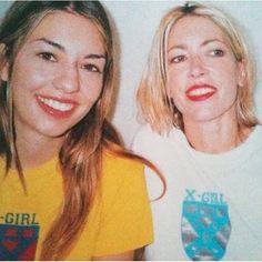 Sofia Coppola and Kim Gordon wearing X-Girl, the indie fashion label started by Kim Gordon of Sonic Youth and stylist Daisy Von Furth Fashion Drug, Tomboy Fashion, Indie Fashion, 90s Fashion, Girl Fashion, Tomboy Style, Queer Fashion, Urban Fashion, Fashion Styles