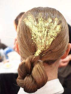gold leafed hair