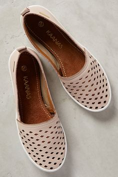 Kaanas Patmos Slip-Ons #anthrofave
