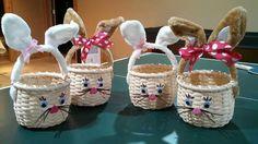 nyuszi Easter Baskets by Linda Clark. Love the bunny ear handles. Newspaper Basket, Newspaper Crafts, Paper Weaving, Hand Weaving, Blanket Stich, Sun Paper, Holiday Program, Craft Show Ideas, Easter Baskets