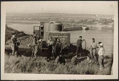 Agustí Centelles - Asegurando el abastecimiento de agua. 1937