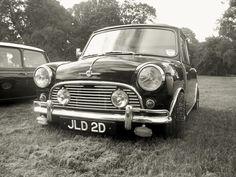Believed to be an original Radford / Wood & Pickett demonstrator . Coach Builders, Rat Look, Mini Stuff, Mini Coopers, Classic Mini, Motors, Minis, Antique Cars, Automobile