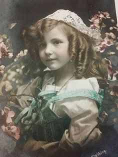 Antique French tinted photo-postcard beautiful little girl in lace cap 1909 Vintage Photographs, Vintage Images, Retro Vintage, Beautiful Little Girls, Photo Postcards, Vintage Beauty, French Antiques, Art Ideas, Old Things