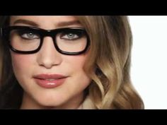 Trendy glasses makeup looks style 18 Ideas Flawless Makeup, Beauty Makeup, Hair Makeup, Hair Beauty, Bobbi Brown Makeup Looks, Toddler Dress Patterns, Kids Fashion Photography, Shell Collection, New Glasses