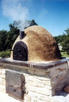 Cob Oven --by fanny
