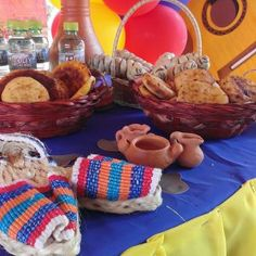 fiesta colombiana Fonda Paisa, 70th Birthday, Ants, Straw Bag, Link, Venezuela, Colombia, Good Day Quotes, Theme Parties