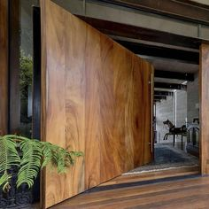 Natural details ✳️How would you describe this place with one word ?, Natural details ✳️How would you describe this place with one word ? Let us know below Maniacs‼️ _________ ✏️ Design by Pez Arquitectura 📷 Photo by And. Design Exterior, Door Design, Entrance Doors, House Entrance, Doorway, Modern House Design, Modern Interior Design, Home Interior, Architecture Design
