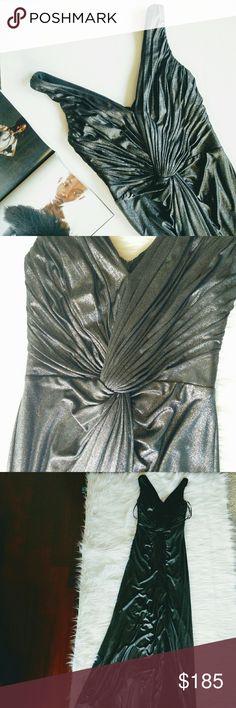 Tadashi Shoji V Neck Sleeveless Metallic Gown Tadashi Shoji Women's Sleeveless V Neck Metallic Gown  This is a gorgeous Gown by Tadashi Shoji Collection.  Last picture is a similar style. Tadashi Shoji Dresses Prom
