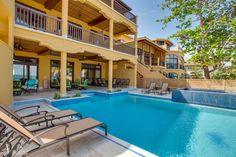 See what your vacation at Villa Margarita will be like with photos and videos of the Villa, the beach and the charming village of Hopkins, Belize.