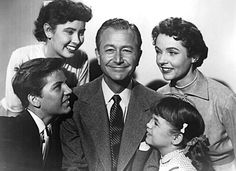 Papa a raison--Father Knows Best Father Knows Best, James Jim, O Tv, Nostalgia, Robert Young, Cinema Tv, Actrices Hollywood, Old Shows, Great Tv Shows