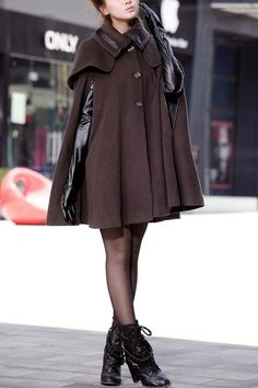 cape style, turndown collar, single breasted button front, contrast color, all in loose fit.