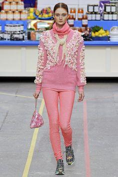 Chanel RTW Fall 2014 - Slideshow - Runway, Fashion Week, Fashion Shows, Reviews and Fashion Images - WWD.com