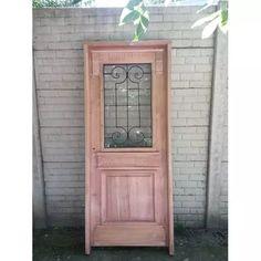 Puerta Estilo Antiguo Con Reja Y Vidrios Beraldi Aberturas - $ 7.033,00