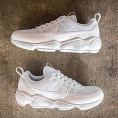cheaper 62af8 feb91 Nike Shoes   Nike Air Zoom Spiridon Ultra Chunky Ugly Sneakers   Color   White   Size  9.5