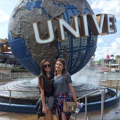 Ver esta foto do Instagram de @mkarolqueiroz • 28.1 mil curtidas Miami Orlando, Tumbler Photos, Universal Pictures, Friend Photos, Universal Studios, Disney Inspired, Disney Trips, Spring Break, Wonders Of The World
