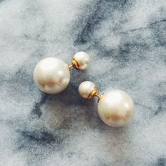 Double Pearl Earring | @JewelleryClub || A modern classic pearl earring that's perfect for special days (hello brides!) and everyday.