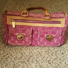 Louis Vuitton Speedy Louis Vuitton Speedy, pink denim. Shows wear marks mainly on leather handles and scratches on buckles. Louis Vuitton Bags Totes
