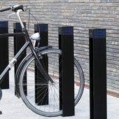 A solid, yet slim bollard and bicycle stand for bikes combined with integrated solar power.Free light – no cables – no installation issues. Bicycle Stand, Bike, Solar Powered Lights, Pedestrian, Urban Landscape, Urban Design, Light Up, The Unit, Architecture