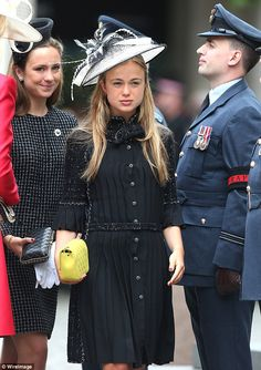 Lady Amelia, 20 carried one of Chanel's iconic quilted bags in yellow ...