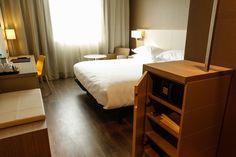 HOTEL-AC-MARRIOT-VELODROME--MARSEILLE-MOBILIER-DE-VERGES-2