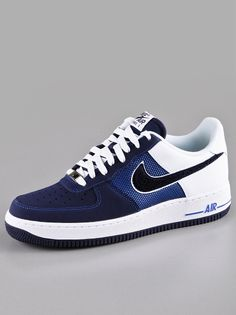 Nike Air Force 1 Game Royal Blackened Blue White ~~ My favorite one ! Jeans And Sneakers, Shoes Sneakers, Nike Air Max 90s, Nike Kicks, Baskets, Fresh Shoes, Nike Air Force Ones, Nike Shoes Outlet, Moda Masculina
