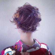 「簡単!真似したくなるショートヘアアレンジ♡」に含まれるinstagramの画像