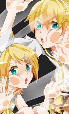 Rin and Len squashed in your phone! Source: x
